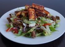 Salade met Gebakken Panir en Citroendressing